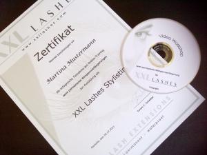 Zertifizierter Fernlehrgang zur Eyelash Extension Stylistin
