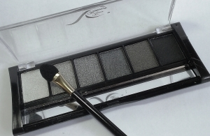 "Eyeshadow ""Smokey Eyes"""