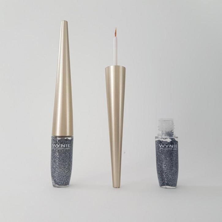 Glitter Eyeliner für das festliche Schimmer-Make-up – silber