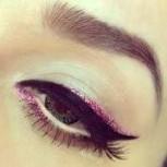 Glitter Eyeliner für das festliche Schimmer-Make-up in 6 verschiedenen Farben