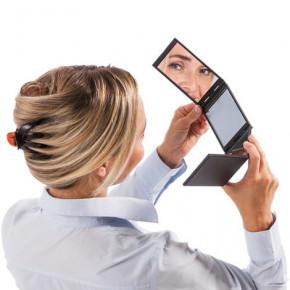 Faltbarer 4-seitiger Kosmetik-Spiegel – der Wow-Effekt ist garantiert