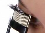 Wimperntrenner mit ergonomisch gebogenem Edelstahl-Kamm, ideal für Wimpernverlängerungen